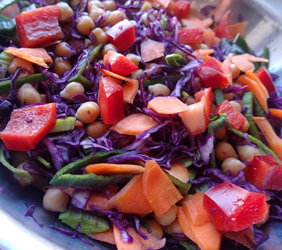 Testaa salaatinkastikkeessa!